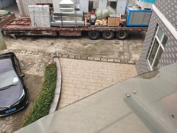 东台减震器喷粉线发货